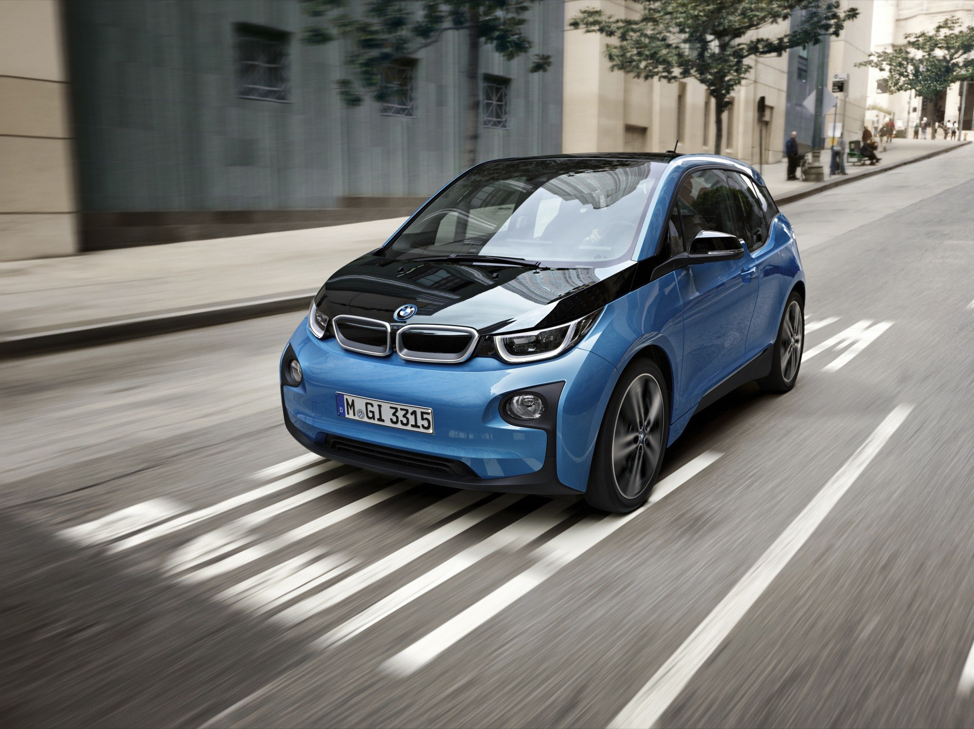 BMW i3 Update New Color Protonic Blue Metallic