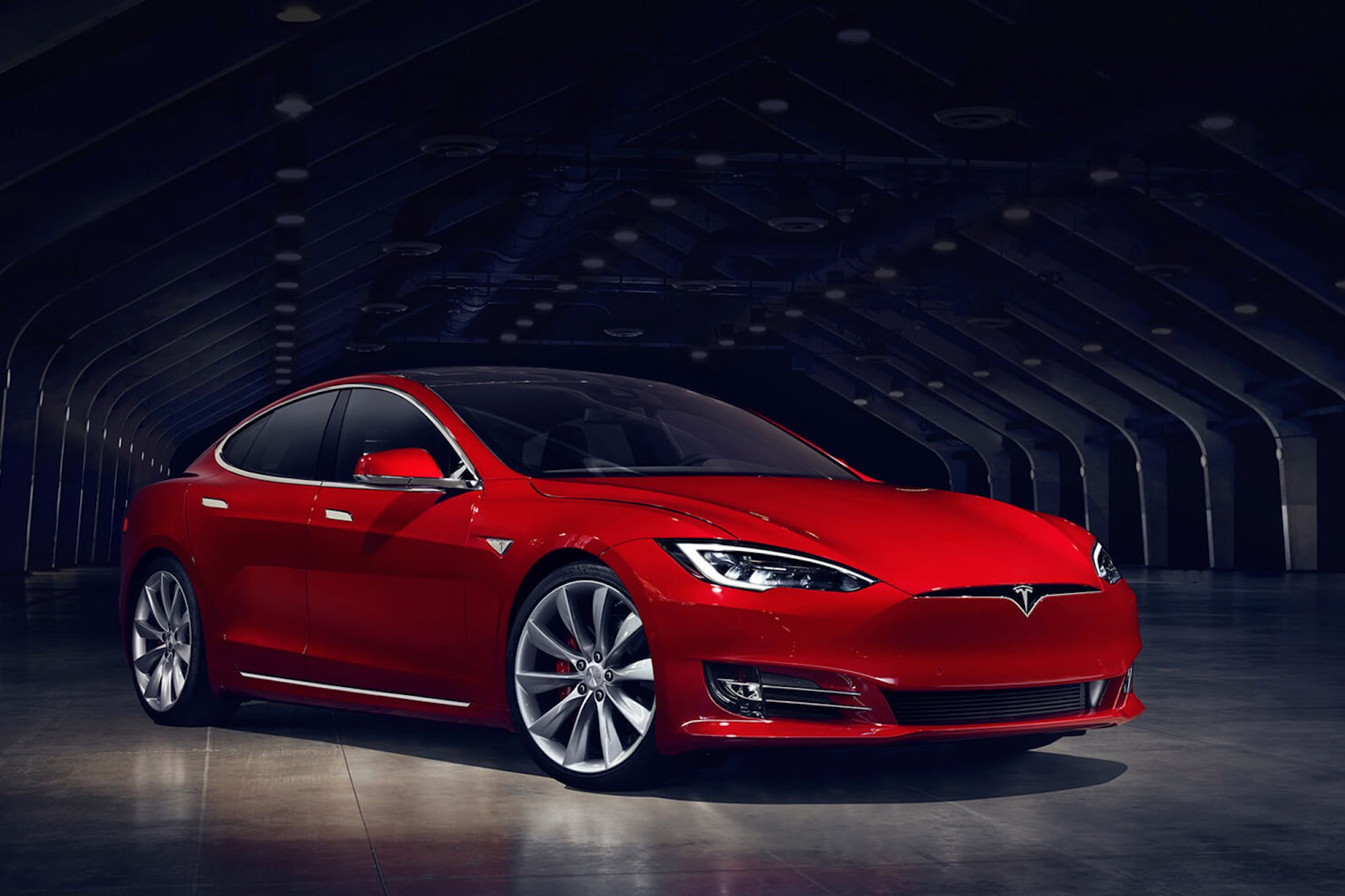 Tesla Model S facelift with new front fascia
